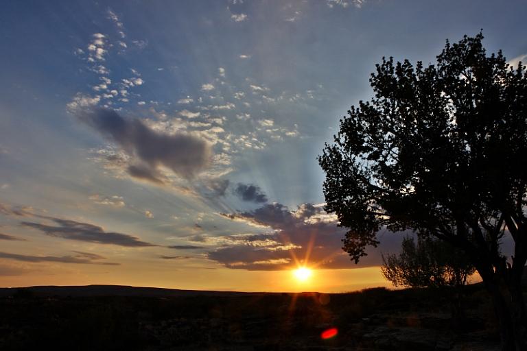 Sonnenuntergang auf Farm Steinfeld