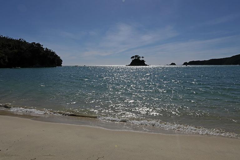 der Strand von Torrent Bay, Abel Tasman, Neuseeland