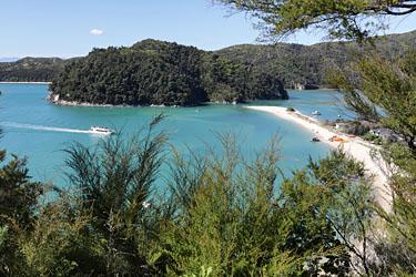 blick auf torrent bay, abel tasman, neuseeland