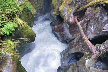the chute, milford sound, neuseeland