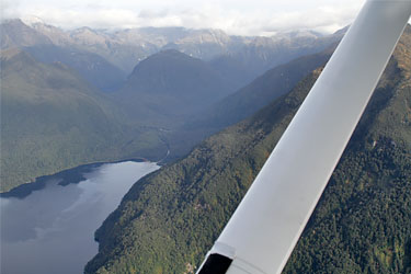 scenic flight, float plane, te anau, neuseeland